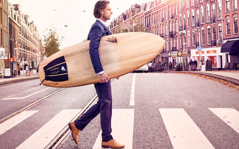 Surfer Bart de Mooij